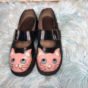vegan leather tukskin kitty Mary Janes shoes pink